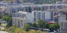 Les offices HLM se sont engagé à produire chaque année 110.000 logements sociaux et réaliser annuellement la rénovation thermique de 125.000 logements sociaux.