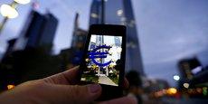 La proportion de voyageurs qui n'utilisent jamais les données mobiles à l'étranger a diminué de moitié cet été par rapport aux mois précédents, pour s'établir à 21%, note la Commission européenne dans son premier bilan.