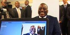 Le président Joseph Kabila, lors du lancement du passeport biométrique en RDC  en novembre 2015 dans la capitale Kinshasa.