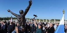 Une statue de Youri Gagarine, a été inaugurée le 5/10 sur le pont Gagarine dans le nouveau quartier Cambacérès