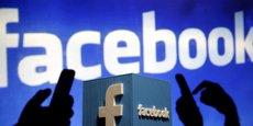 Le réseau social Facebook investi le terrain de la reconnaissance faciale depuis 2014 avec un système d'identification automatique pour les photos.