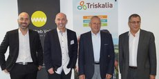 De gauche à droite, Sébastien Le Corfec et Charles Cabillic, co-fondateurs de West Web Valley, Georges Galardon, président de Triskalia et Dominique Ciccone, directeur général de Triskalia.