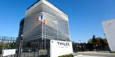 Le groupe Thales, et plus particulièrement la filiale dédiée à l'aéronautique, Thales Avionics, doit faire face à une chute de son activité.