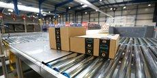 L'agence de livraison va réceptionner les colis acheminés par les poids-lourds depuis les cinq centres de distribution (entrepôts) d'Amazon en France et les livrer en van jusqu'au domicile des clients.