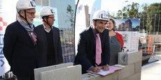 Jean Pierre Pugens (DG Hérault habitat), Jean-Luc Bergeon (conseiller régional Occitanie), Vincent Gaudy (président de Hérault Habitat) et Michèle Dray-Fitoussi (conseillère municipale de la Ville de Montpellier), le 27 octobre 2017 à Montpellier.