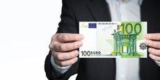 À la Banque de France, nous n'anticipons pas de disparition des espèces à horizon visible, c'est-à-dire à dix ou vingt ans, nous confie Érick Lacourrège, directeur général chargé des services à l'économie et du réseau, et de la fabrication des billets.