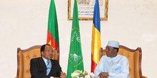 Le président camerounais Paul Biya, reçu par son homologue tchadien Idriss Déby Itno, en marge du Sommet de la CEMAC à NJamena.