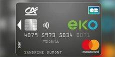 La nouvelle offre low-cost du Crédit Agricole comprend une Mastercard internationale à contrôle de solde, un mini-chéquier sur demande, des retraits sans frais à l'étranger et l'accès à l'agence de son choix pour 2 euros par mois soit 24 euros par an. C'est moins cher que le compte C-Zam de Carrefour ou le Compte Nickel, mais plus cher qu'Orange Bank ou l'offre Welcome de Boursorama.