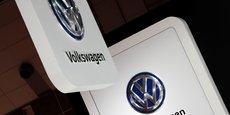 VOLKSWAGEN: LE CONSEIL DISCUTE D'UN PLAN D'INVESTISSEMENT DE 70 MILLIARDS D'EUROS