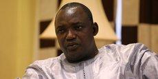Le président gambien Adama Barrow qui a lancé plusieurs projets pour améliorer les conditions de vie de ses compatriotes, doit aussi faire face à une dette insoutenable et qu'il doit pourtant rembourser