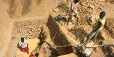 Une mine artisanale près du village de Sam Ouandja, dans le nord-ouest de la RCA. Dans les années 2000, la mine «employait» des Soudanais qui avaient trouvé refuge dans le village.