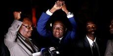 Emmerson Mnangagwa (au milieu) a été limogé par Mugabe de ses fonctions de vice-président, le 6 novembre 2017.