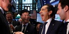 Patrick Drahi célèbre, le 22 juin dernier, l'introduction à Wall Street d'Altice USA. A gauche, Dexter Goei, le patron de cette filiale et désormais DG d'Altice.