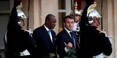 Les présidents  Alpha Condé et Emmanuel Macron,à l'issue de leur rencontre à l'Elysée, le 22 novembre 2017 à Paris.