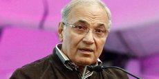 A 76 ans, Ahmed Chafik, ancien Premier ministre sous Hosni Moubarak, se lance dans la course à la présidentielle égyptienne de 2018.
