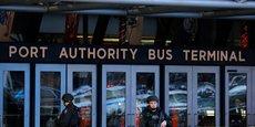 LA POLICE BANGLADAISE INTERROGE LA FEMME DU SUSPECT DE NEW YORK