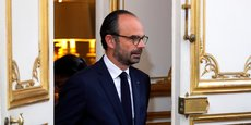 Edouard Philippe a annoncé l'ouverture d'un guichet, doté d'un budget de 100 millions d'euros, pour aider les foyers vivant dans des zones reculées à bénéficier du très haut débit.