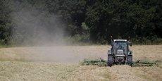 Ces importations concerneraient les engins agricoles, dont les tracteurs.