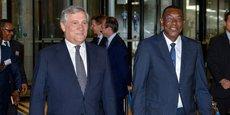 Le président du Parlement européen, Antonio Tajani, le Premier ministre malien démissionnaire, Abdoulaye Idrissa Maiga, le 12 octobre 2017 à Bruxelles.