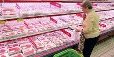 Pour l'ensemble de l'année 2017, l'Indice FAO des prix de la viande s'est établi en moyenne à 170 points; il est ainsi en hausse de 9% par rapport à 2016, mais reste 4,7% en dessous de la moyenne des cinq années précédentes (2012‑2016). En 2017, la plus forte hausse enregistrée concerne les prix de la viande d'ovins, suivis de ceux de la viande porcine, de la volaille et de la viande bovine.