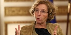 Muriel Pénicaud se donne cinq ans pour éliminer les écarts de salaires à poste égal entre hommes et femmes.