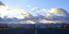 L'Aéroport Clermont-Ferrand Auvergne a accueilli le premier vol de la compagnie française Twin Jet sous les jets d'eau des pompiers de l'aéroport avec le traditionnel Water Salute.