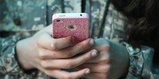 En 2019, le marché mondial pourrait être dopé par l'arrivée au deuxième semestre des premiers mobiles compatibles 5G, l'internet mobile ultrarapide, avant une montée en puissance dans la plupart des régions en 2020, année pour laquelle IDC prévoit que ces smartphones représenteront environ 7% du marché mondial, soit 212 millions d'unités.