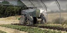 Par rapport à la vision linéaire développée depuis la mécanisation de l'agriculture, les robots induisent par ailleurs un changement radical dans la configuration de la logistique de la ferme, observe Véronique Bellon Maurel.