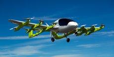 L'engin Cora semble plus robuste, et ressemble davantage à un avion traditionnel. Il ne sera pas proposé à la vente mais fonctionnera comme les compagnies aériennes ou de taxis, les passagers devant réserver leur voyage.