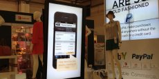 Sur son stand au Mobile World Congress, eBay organise des démonstrations de ses applications de commerce mobile
