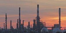 La raffinerie construite en 1973 et d'une capacité de 24 000 barils par jour, est actuellement détenue à 100% par l'Etat zambien.
