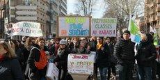 Les profs ont défilé dans les rues de Toulouse ce 22 mars.