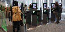 À Toulouse, les passagers peuvent désormais s'enregistrer sur une borne automatique.