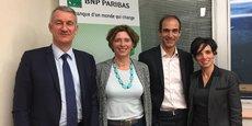 Raphaèle Leroy (au centre), directrice BNP Paribas des Engagements d'Entreprises France en visite à Toulouse  (Crédits : Anne Aguer)