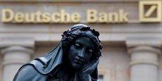 La première banque allemande fait valoir quelle calcule de manière habituelle pour le compte des autorités de tutelle les conséquences d'un dénouement ordonné de positions de trading.