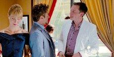 Dans le film Iron Man 2, Elon Musk (dans son propre rôle, en blanc), rencontre l'une de ses sources d'inspiration : Tony Stark (R. Downey Jr.), célèbre super héros de l'Univers Marvel.