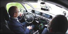 En avril 2017, dans son centre technique de Vélizy, le groupe PSA faisait, pour la première fois en France, rouler des conducteurs non experts dans ses véhicules autonomes.