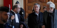 L'ancien ministre du Budget Jérôme Cahuzac entouré de ses conseils le 12 février dernier : à sa gauche Jean-Alain Michel, à sa droite, le ténor du barreau Eric Dupont-Moretti, pourraient bien avoir réussi leur mission : éviter la case prison à leur client.