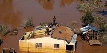 Mozambique: le bilan du passage du cyclone idai s'alourdit