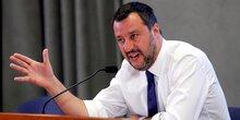 Italie: salvini promet des baisses d'impots s'il est elu