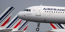 Air france-klm: trafic en baisse de 2,6% en avril a cause des greves