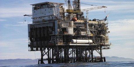 Plateforme pétrole offshore shell