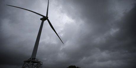 éolienne, orage, France, énergie renouvelable,