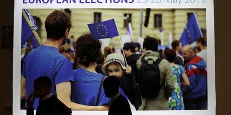 Europeennes: rn et larem toujours dans un mouchoir de poche, selon un sondage