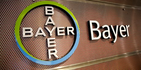 Bayer promet investissements et transparence pour redorer son image