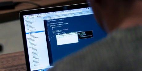 Après WannaCry, une nouvelle cyberattaque touchant plusieurs centaines de milliers d'ordinateurs dans le monde serait en cours.