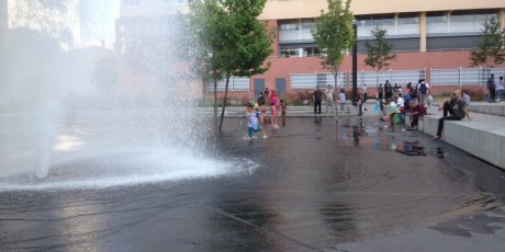piscine verticale, canicule, Carlos Moreno, tribune