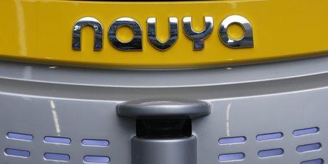 Navya presente son robot-taxi autonom cab