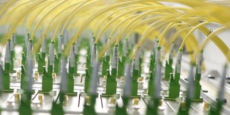 Fibre optique télécoms câble
