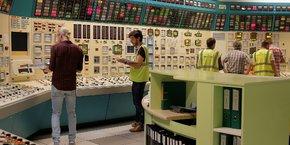 La centrale de Fessenheim (ici la salle de contrôle lors d'un exercice de simulation) emploie 2.000 personnes.